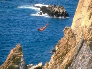cliff_diver_acapulco_mexico